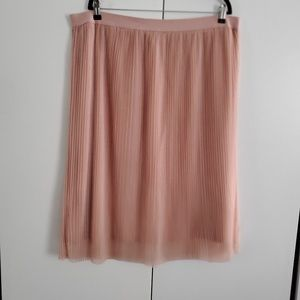 H&M Plus size tulle skirt in blush size 2X